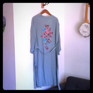 Xhilaration Embroidered Robe